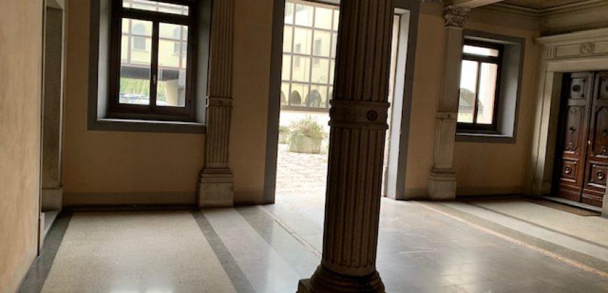ufficio in centro in palazzo storico