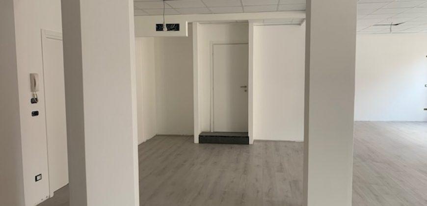 ufficio ristrutturato via Poscolle